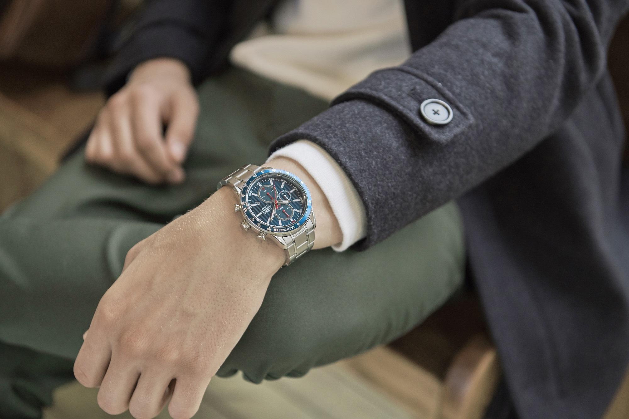 Modny dodatek do jesiennej stylizacji – czyli idealny zegarek dla niej i dla niego.